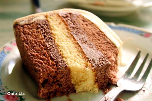 marzipan-cake